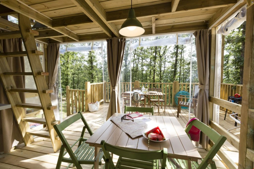 Airlodge camping Molino a Fuoco uitzicht