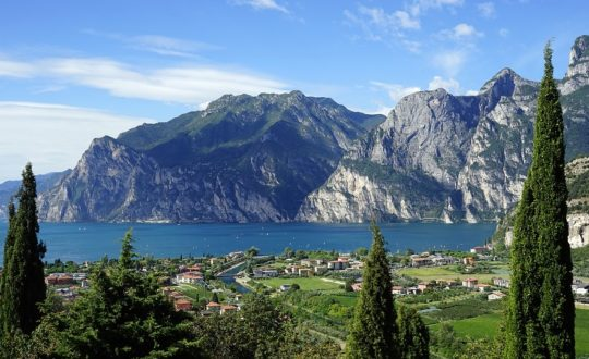 Een heerlijk vooruitzicht: een zomer aan het Gardameer